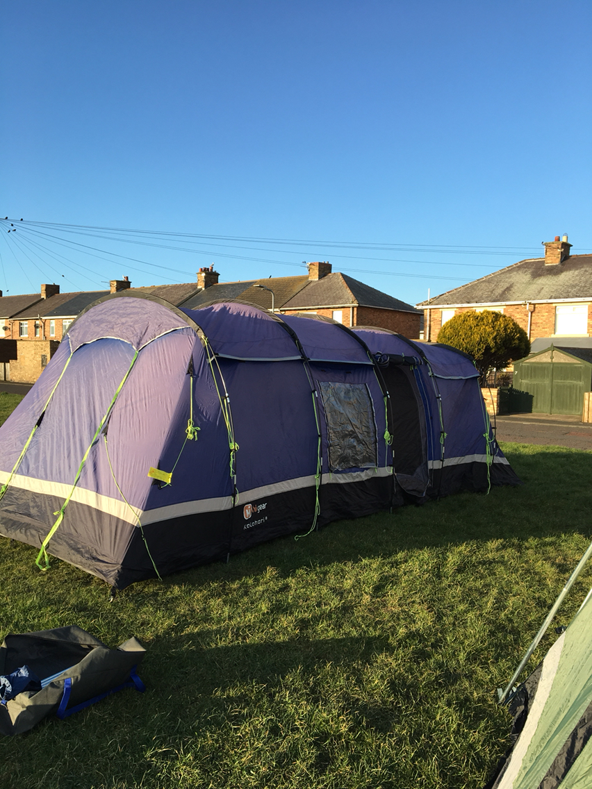 So you can have just 2 bedrooms in with a massive living space if youu0027d prefer. This is light weight compared to other tents it size. & hi gear tents - Used Tents Buy and Sell in the UK and Ireland ...