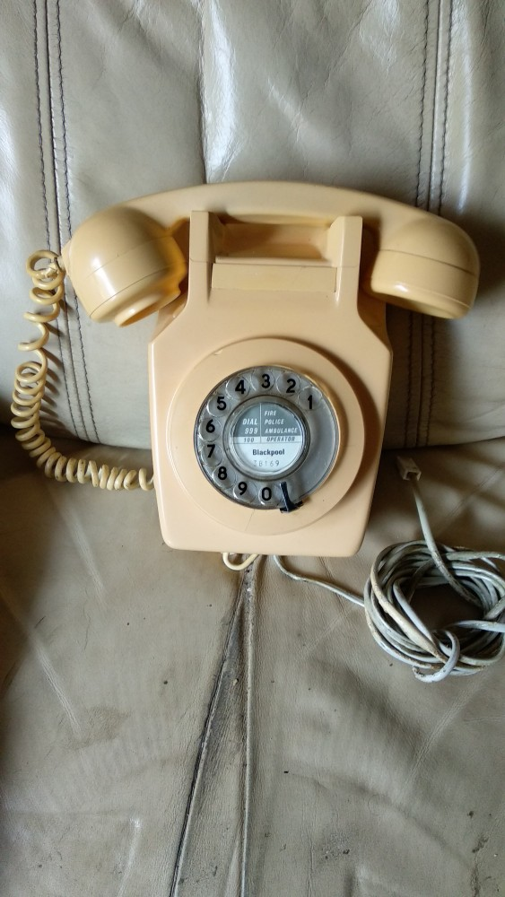Preview of the first image of VINTAGE GPO 741 / TRIMPHONE TELEPHONES /GPO FIELD PHONE from.