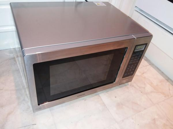 Image 1 of Kenwood Microwave with grill K30GSS13