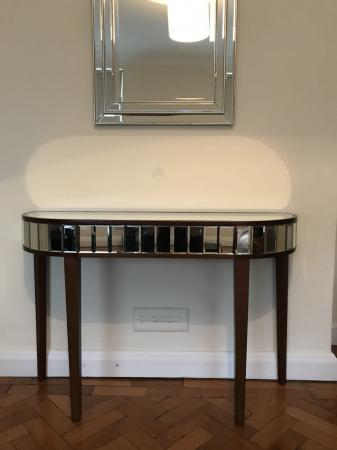 Laura Ashley Capri Console Table For In Garden Suburb London Preloved