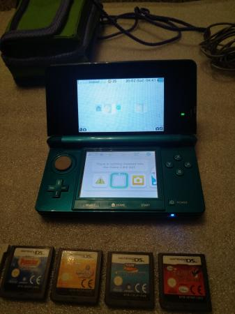 Image 3 of Nintendo 3DS with Games Excellent Condition