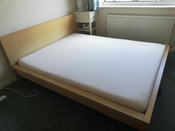 Magnificent Ikea Malm Bed Second Hand Beds Bedding Buy And Sell Download Free Architecture Designs Ferenbritishbridgeorg