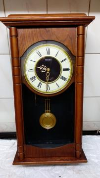 Preview of the first image of SEIKO CHIMING WALL CLOCK & HAWAIIN CLOCK..